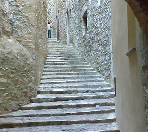 Girona Games of Thrones private tour and guide Dreamingbarcelona street
