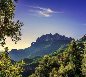 Private Tour and guide Montserrat tours from Dreaming Barcelona - views